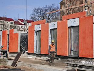 Prefabrykacja totalna – o projekcie budynku Sprzeczna 4 Konrad Grabowiecki