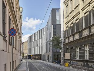 Forma wynika z lokalizacji – o koncepcji biurowca Za Bramką Marcin Kościuch i Tomasz Osięgłowski